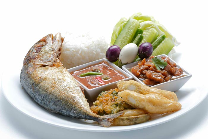 Rice w/ Spicy Shrimp Paste Dip & Fried Mackerel & Sweet Pork Condiment