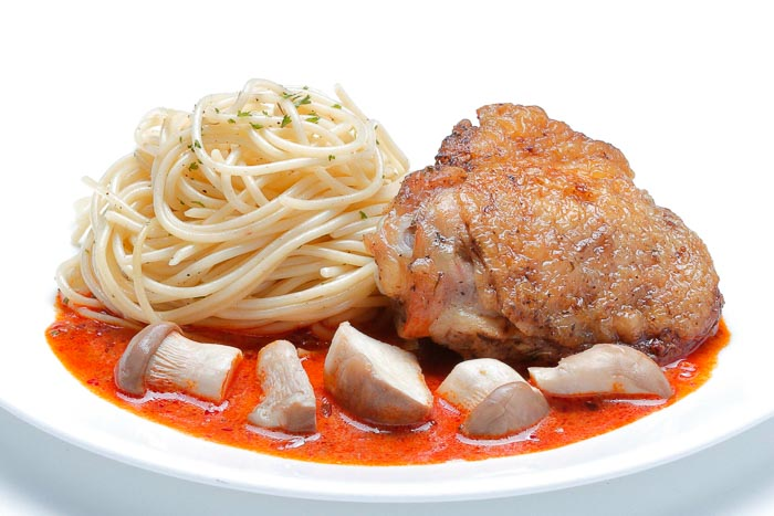 Roasted Chicken Tom Yum Sauce & Spaghetti